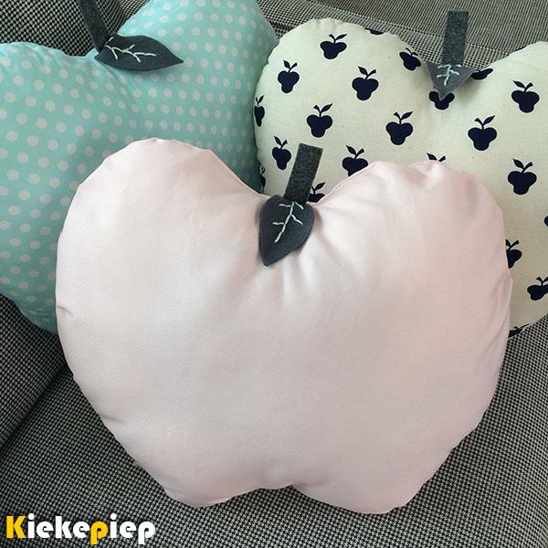 Kussen appel roze