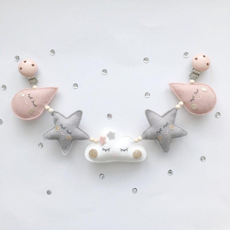 Wagenspanner vilt druppels sterren wolk oud roze