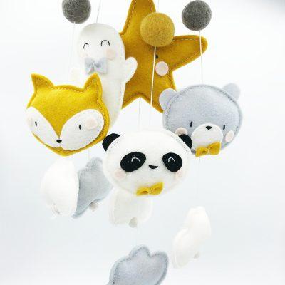 Muziekmobiel vilt vosje spookje panda- en beer oker 2