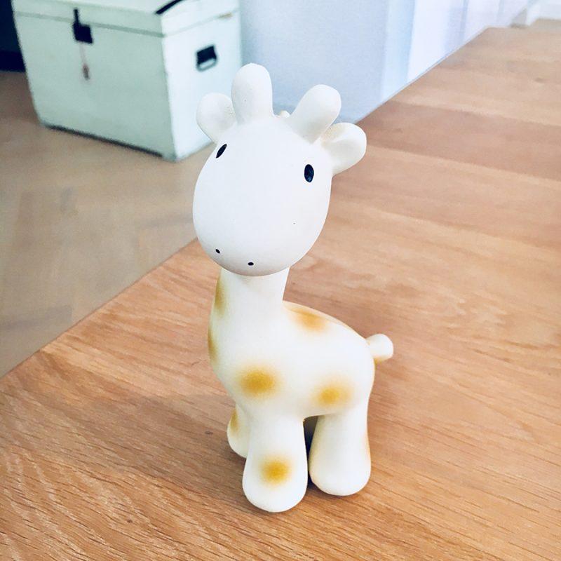 Tikiri bijtspeeltje en rammelaar Giraffe